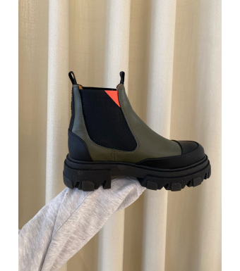 Ganni S1490 Low Chelsea Boot Calf Leather, 861 Kalamati